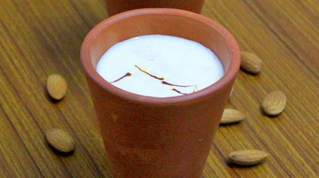 Thandaï, lait au safran et aux amandes